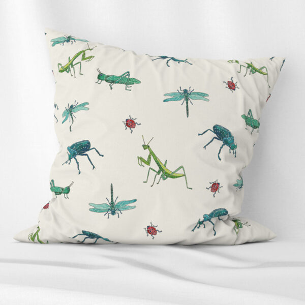 Insects cushion for kids