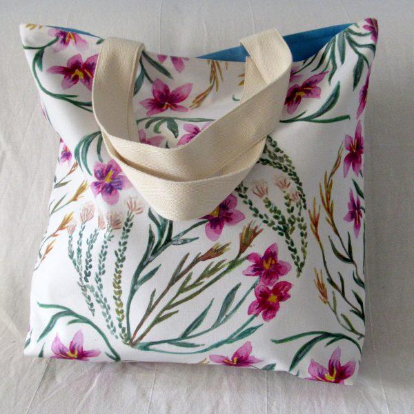 Fynbos flowers tote bag